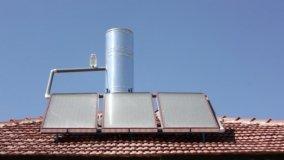Riempimento e Manutenzione Pannelli Solari Termici Naturali