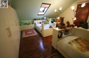 camerette mansardate arredare mansarda : gli spazi mansardati sono molto difficili da arredare a causa delle ...