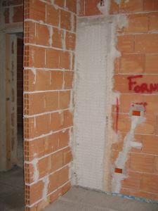 particolare innesto ad angolo tra cassonetto e mazzetta muro