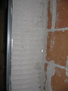 punto critico di innesto tra muro e cassonetto