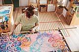 Esecuzione del batik teso al telaio