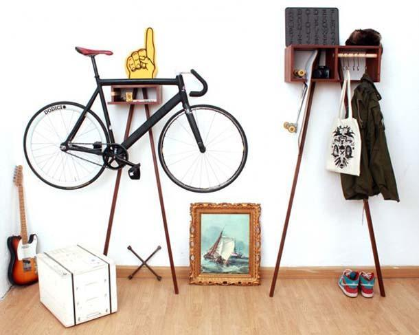 Attaccapanni Bike Rack and Wardrobe