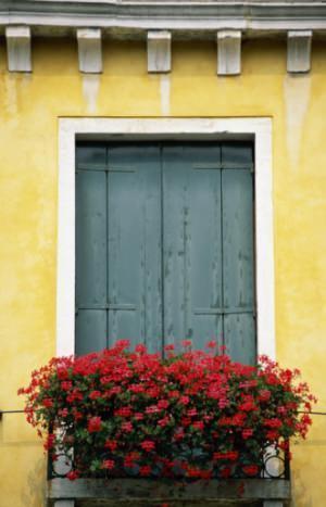 fioriera su balcone