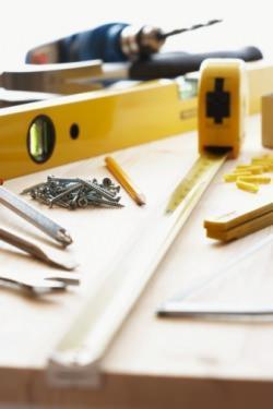 Lavori in casa attrezzi - Lavori in casa prezzi ...