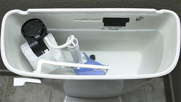 Come riparare scarico del WC che perde