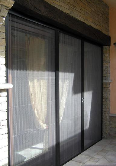 Zanzariera con velcro e pliss - Zanzariere porta finestra prezzi ...