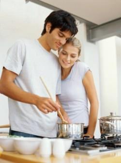 Preparazione cibi in cucina