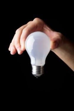 spesso i watt si associano alla luminosità