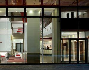 Pilkington Optiphon: Vetrata del Quid Hotel a Mestre