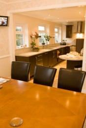 Zona soggiorno con angolo cucina