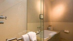 Vasca Da Bagno Otturata Rimedi : Come pulire ed eliminare il calcare dal soffione della doccia