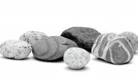 Rivestire i mobili con la pietra