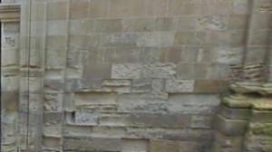 degrado di facciata in pietra a vista