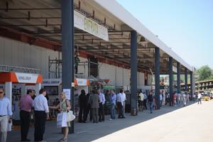 Salone della Ricostruzione L'Aquila: entrata 2011