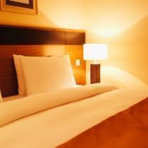 Abat-jour in camera da letto