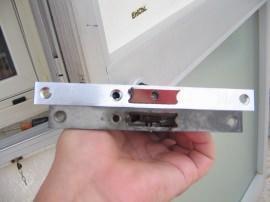 differenza della lunghezza della piastrina tra la vecchia e nuova serratura