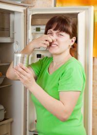 cattivi odori provenienti da frigorifero
