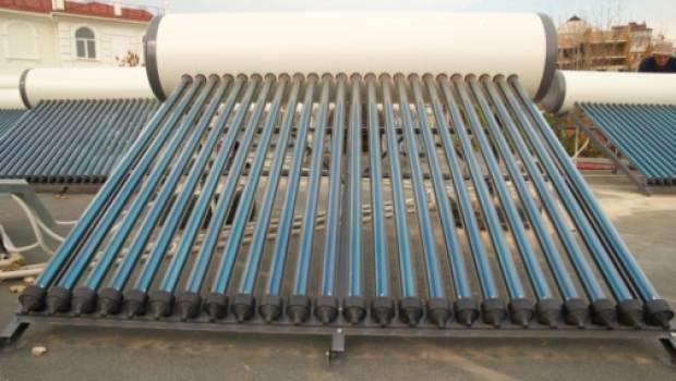 Dettagli progettazione pannelli solari circolazione naturale