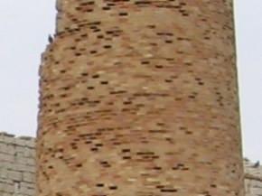 erosione anche su muratura in mattoni di argilla