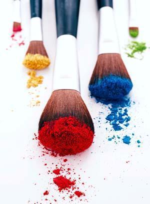 Pigmenti colorati in polvere