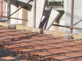 flange in acciaio zincato collocate prima del getto del solaio