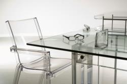 Tavolo trasparente