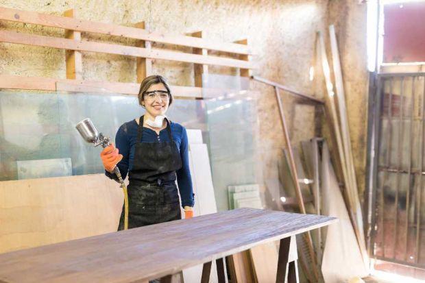 Restauro persiane in legno, piano di lavoro