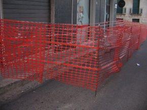 delimitazione provvisoria area di cantiere per lavori di ristrutturazione