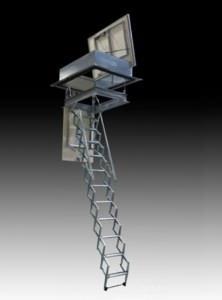 Botole e scale per l 39 accesso al solaio - Scale a botola da soffitto ...