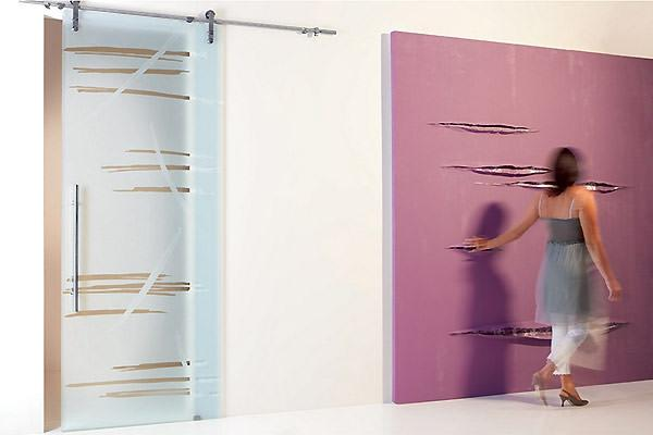 Porte scorrevoli su binario esterno in vetro