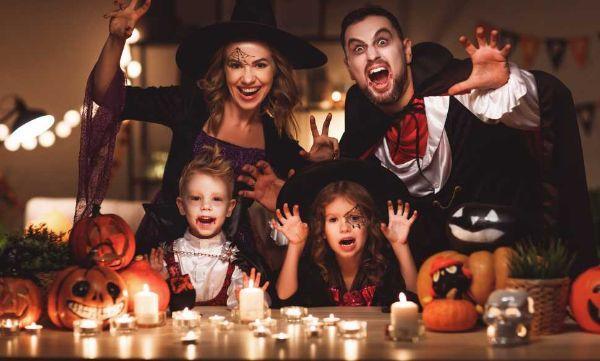 Addobbi e costumi per la festa di Halloween
