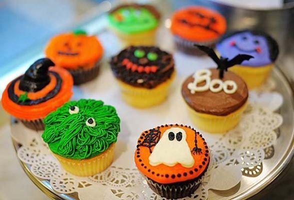Cupcake tra le decorazioni Halloween