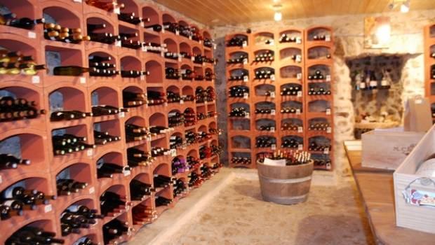Cosa occorre per una cantina di vini in casa - Cosa conviene per riscaldare casa ...
