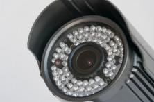 videosorveglianza: obiettivo a corona led infrarossi