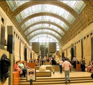 Il museo d'Orsay a Parigi opera di Gae Aulenti