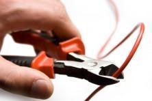 taglio cavo elettrico