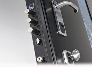 Porte e portoni di sicurezza. DI.BI.