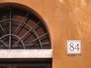 ingresso con numero civico