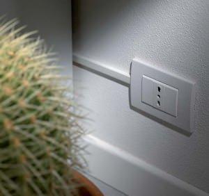 Spostare presa elettrica domestica - Prese elettriche esterne ...