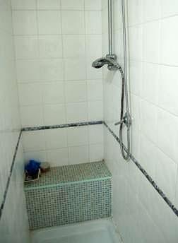 Un box doccia in muratura