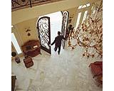 Pavimento in marmo in un ingresso di casa