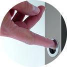 particolare maniglia con sistema a tirare - OMPorro