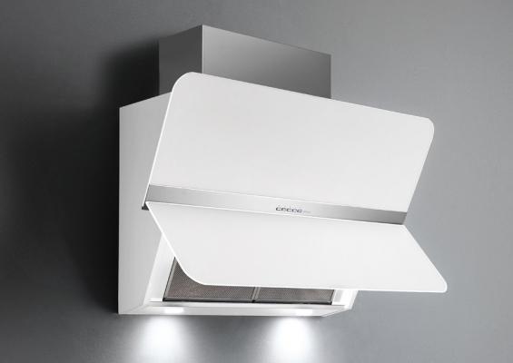 Cappa che sanifica l'aria da cucina modello Silence di Falmec