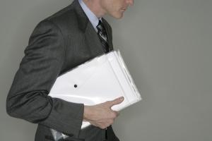 obblighi del venditore: consegna documenti relativi all'immobile
