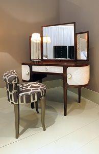 Complementi d 39 arredo classici e glamour al salone 2013 for Complementi d arredo classici