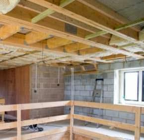 Una struttura di sostegno in legno