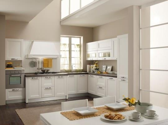 Cucina componibile moderna laccata bianca