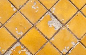 Pavimento rovinato for Pulire parquet rovinato