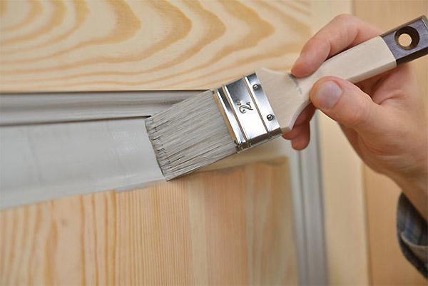 Manutenzione ordinaria: manutenzione infissi in legno