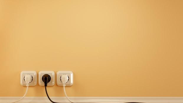 Nascondere cavi elettrici for Coprifili tv